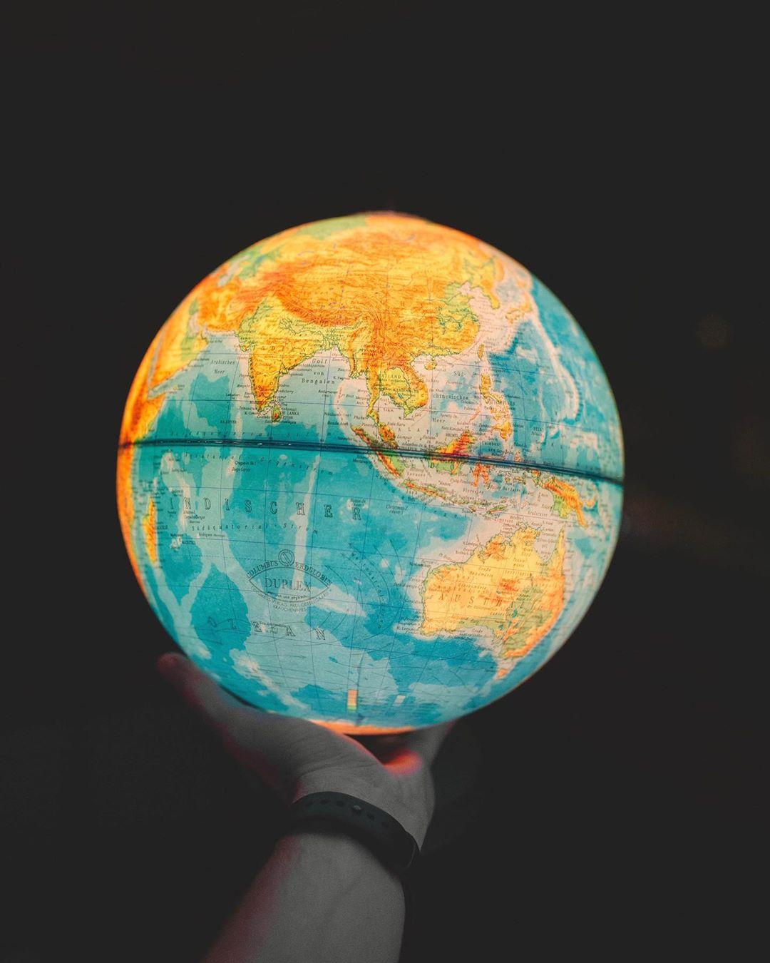 Mich fasziniert der Gedanke mit nur einem Aktien-ETF quasi die ganze Welt in meinem Portfolio…
